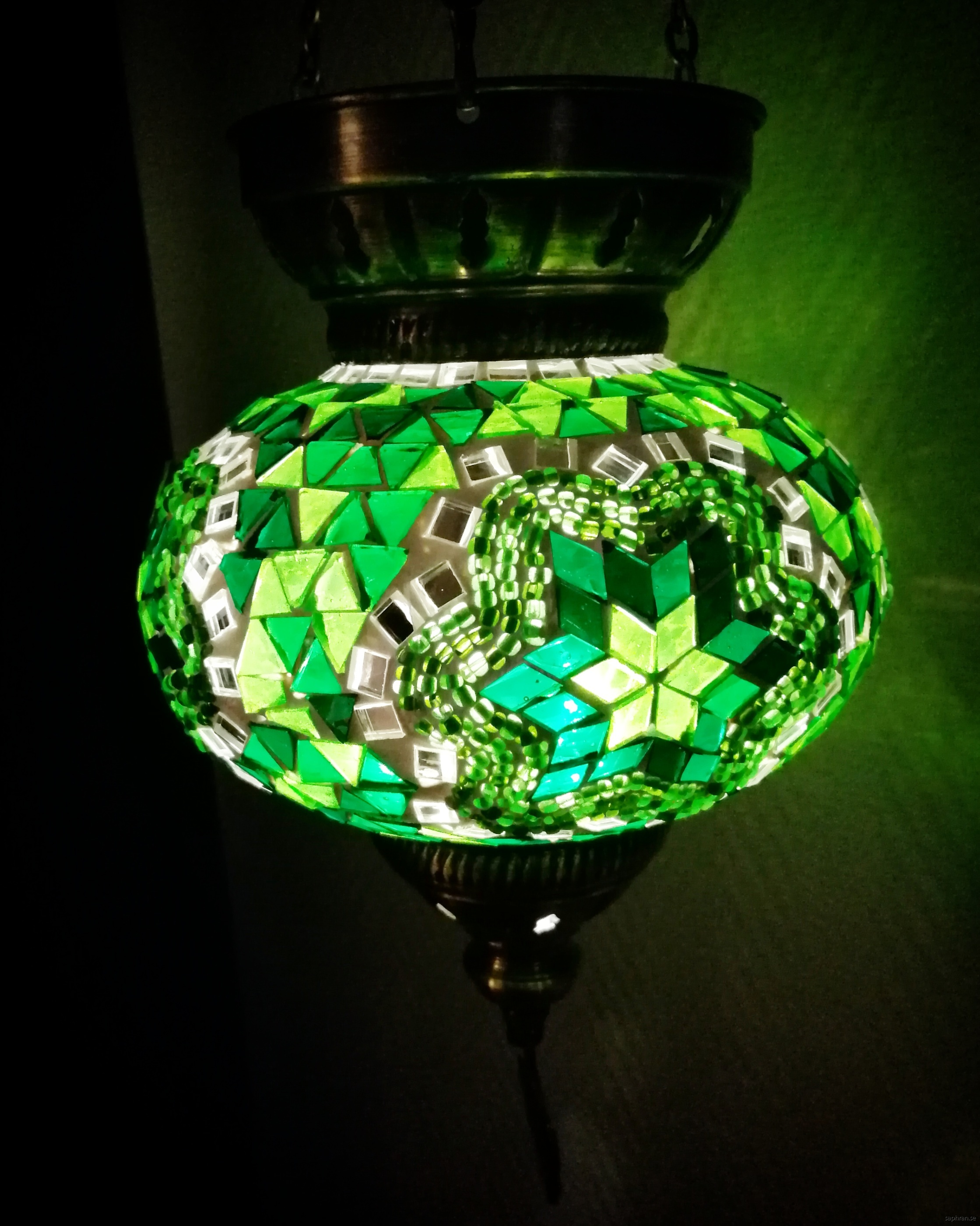 Orientalisk glaslykta grön