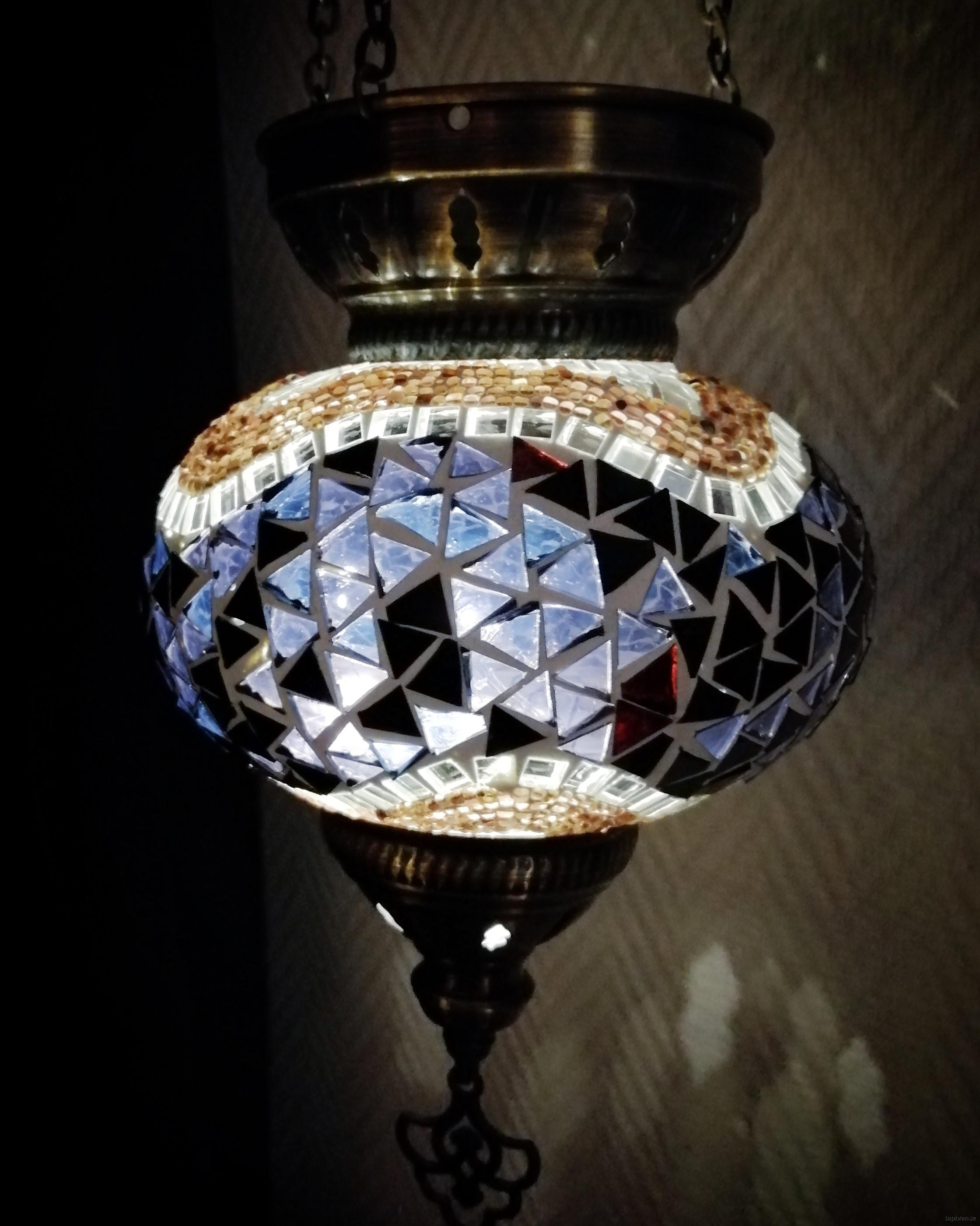 Orientalisk glaslykta grålila