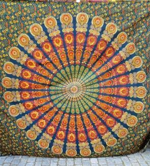 Mörkgrön Mandala - Mörkgrön med peacockmönster