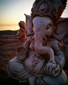Ganesha staty - Vit - Stor 32 cm