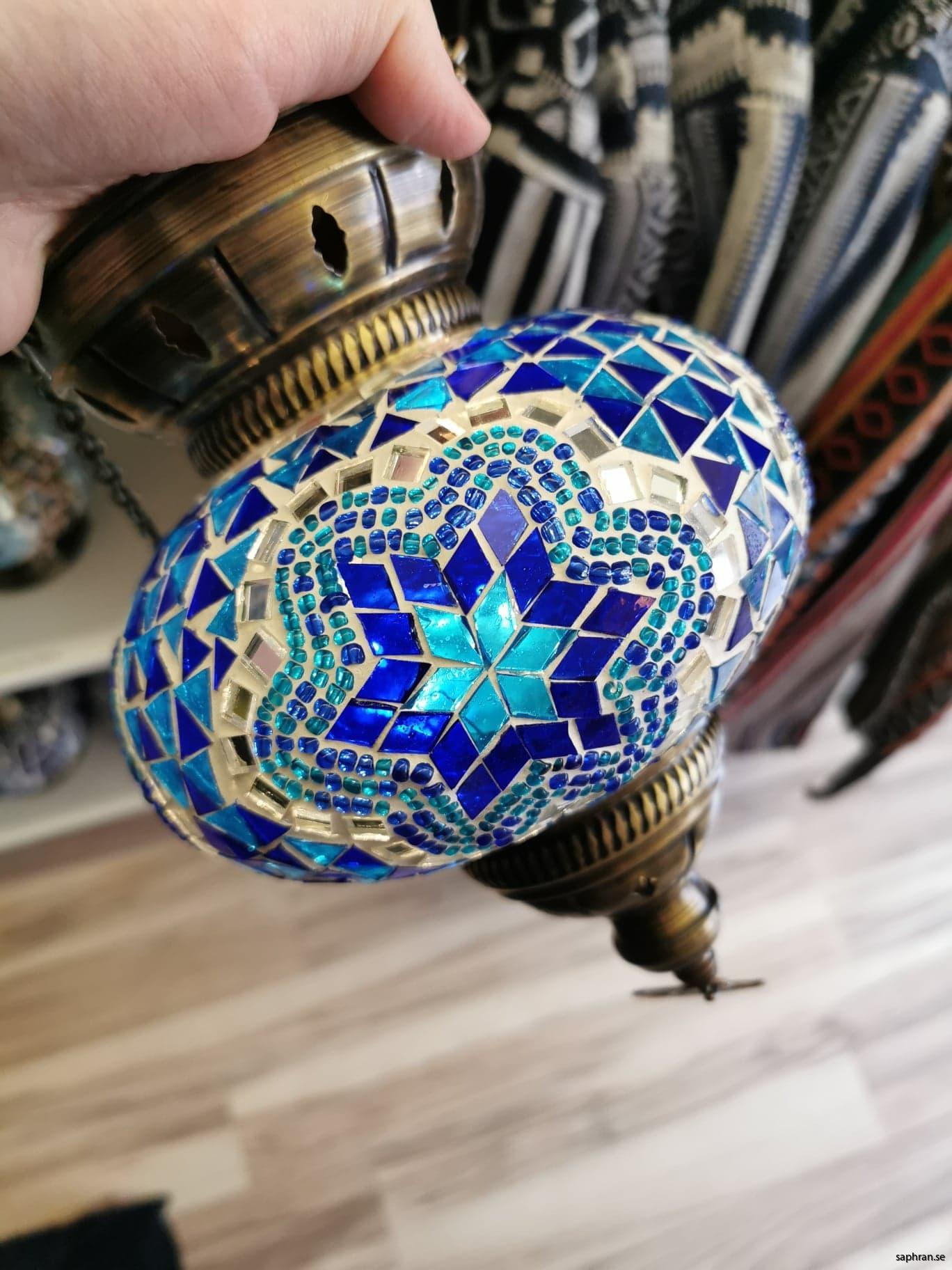 Orientalisk glaslykta blåa toner