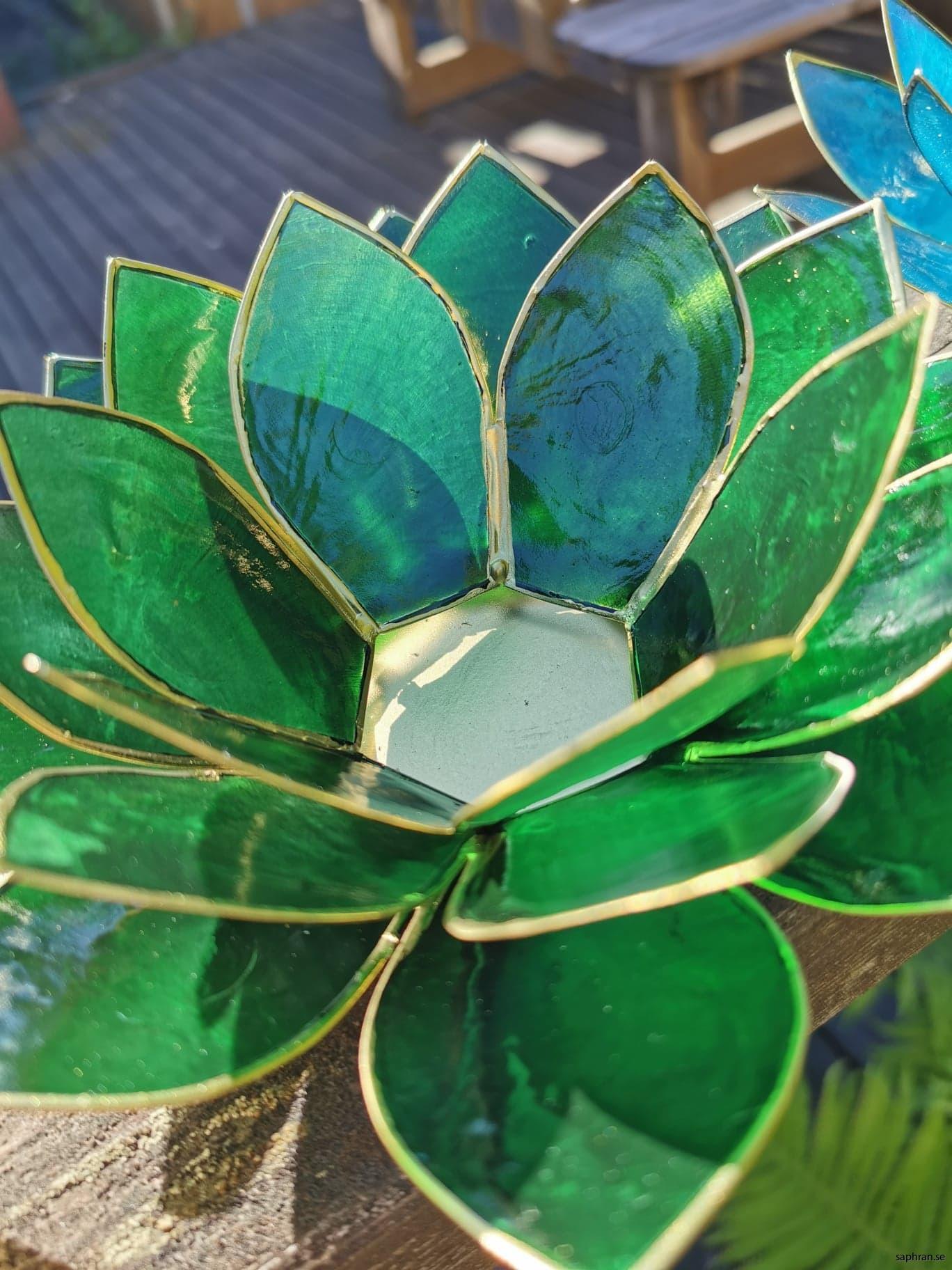 Lotuslykta chakra grön