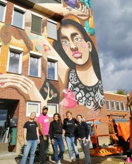 Vårt hus blev målat under Wall Street Nackas muralmålningsfestival