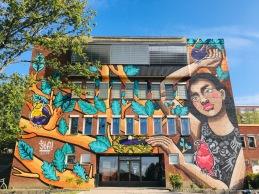 Vår nya fina fasad målad av STFI under Wall Street Nacka