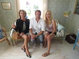 """Filmen """"Micke & Veronica"""" med skådespelare som Izabella Scorupco, David Hellenius och Suzanne Reuter."""