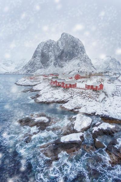 Norway. Hamnøy at Wintertime, Lofoten Islands.  Photo: Pål Rune Lien