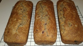 Carrot and lingonberry bread - Carrot and lingonberry bread
