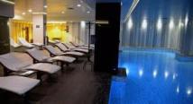 Hotel Russia - pool