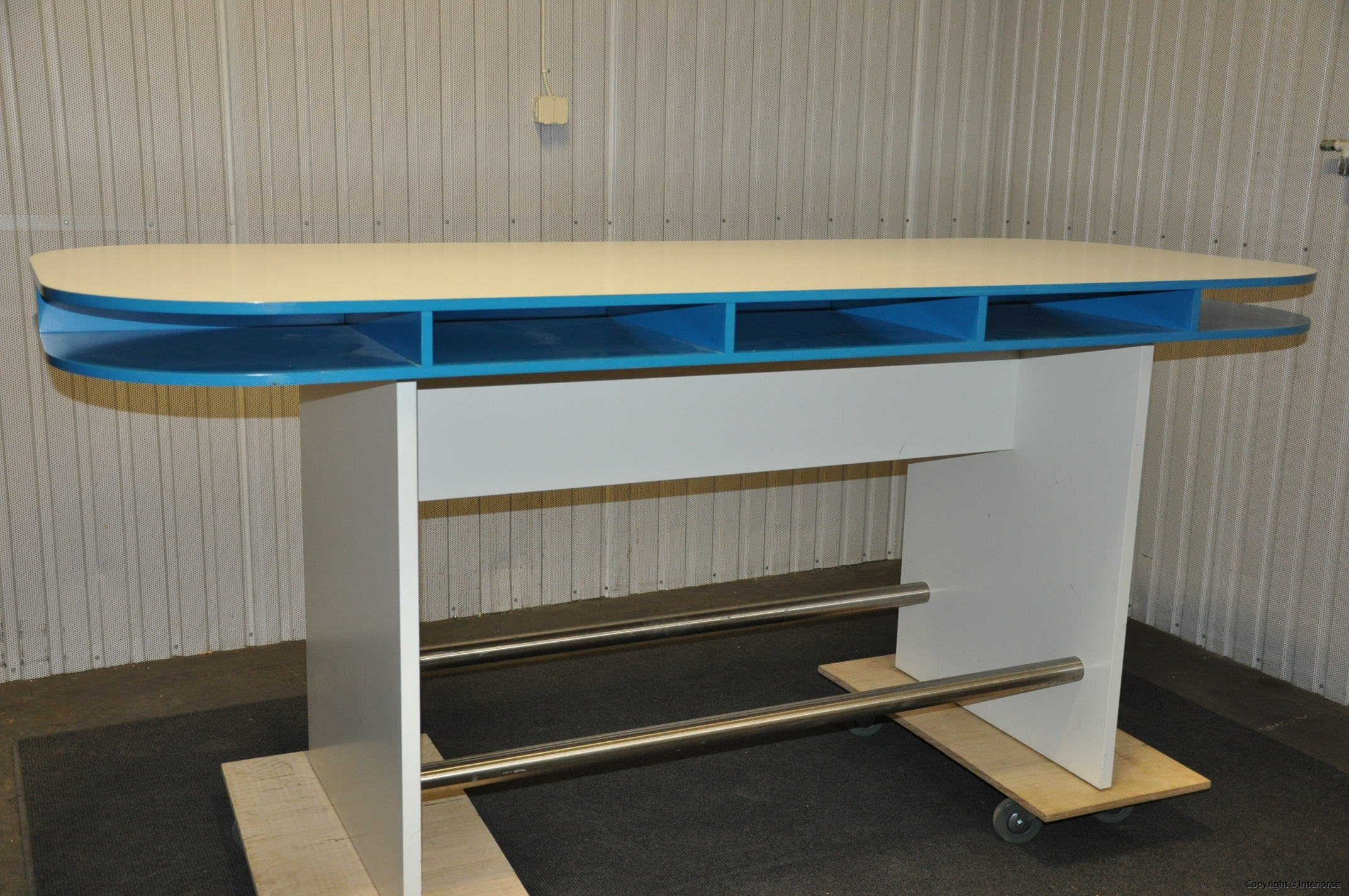Specialbyggda ståbord - barbord (4)