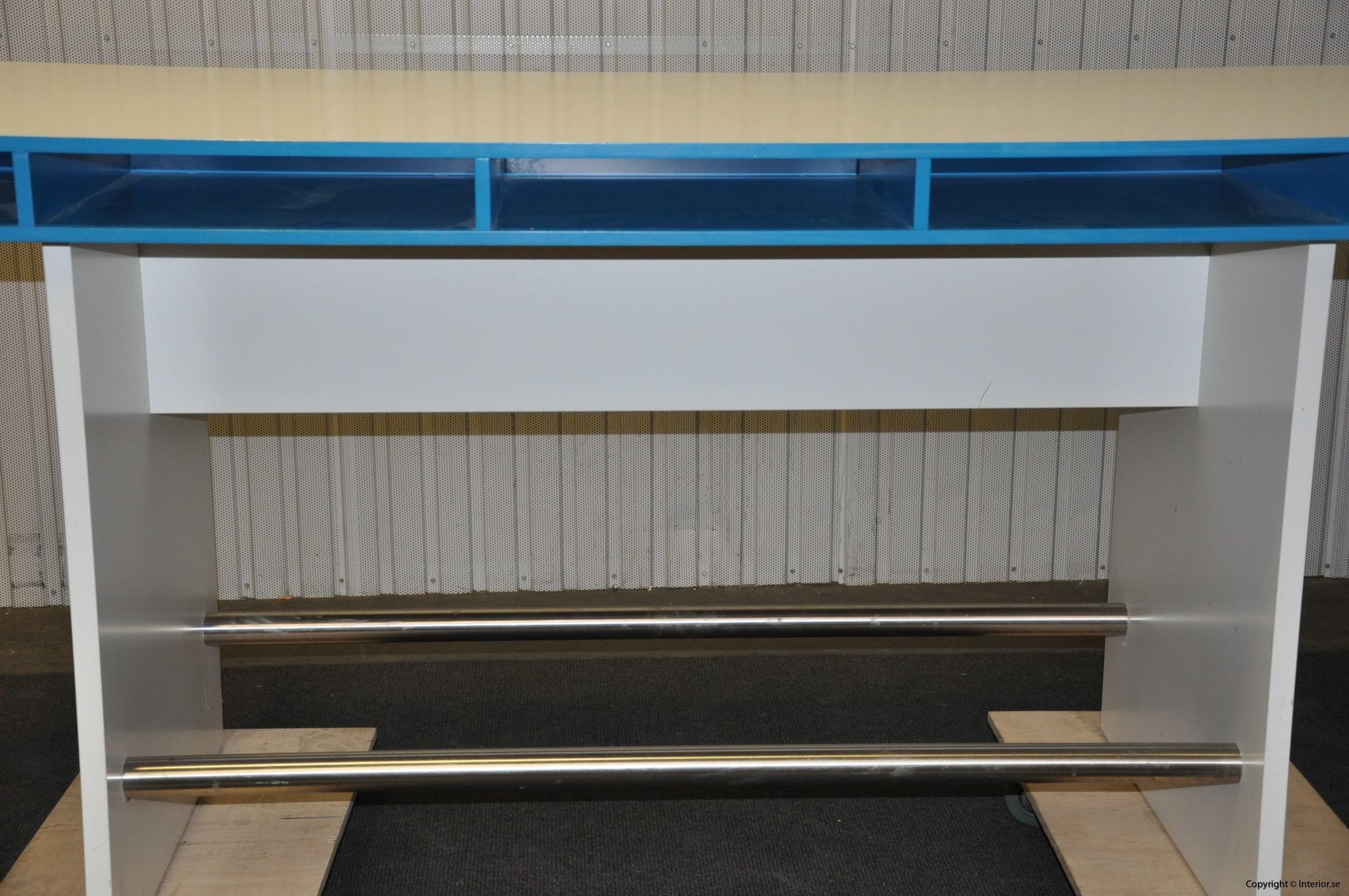 Specialbyggda ståbord - barbord (5)