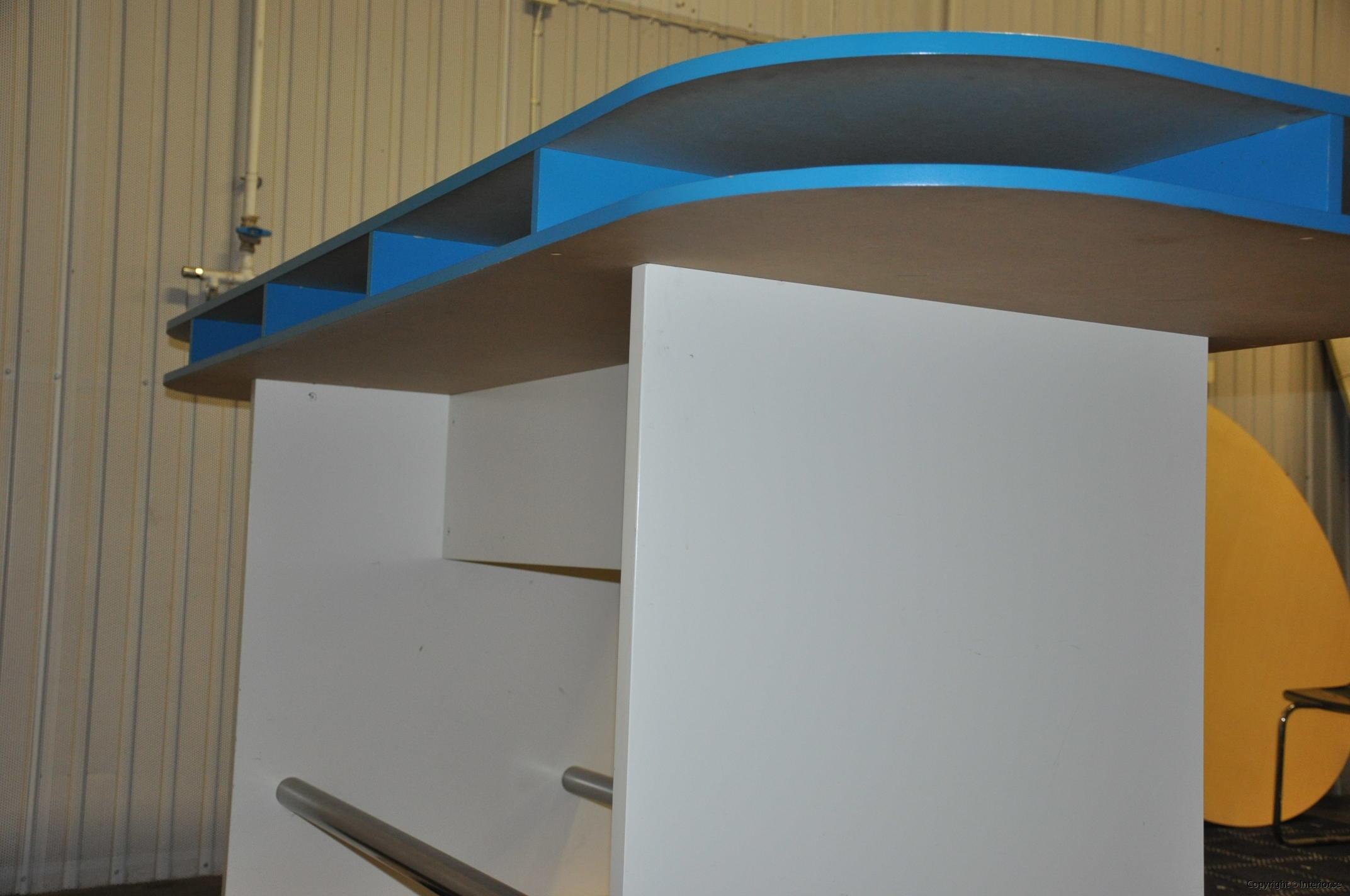 Specialbyggda ståbord - barbord (6)