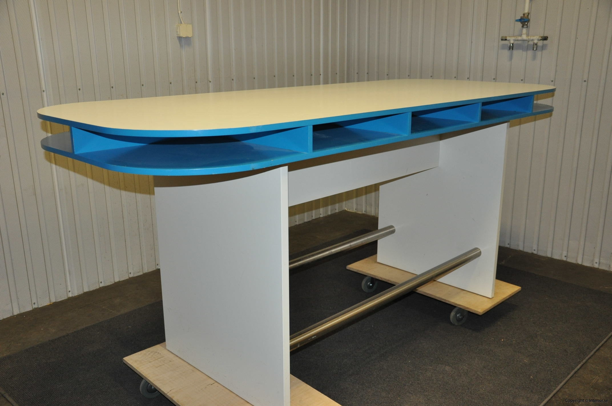 Specialbyggda ståbord - barbord (11)
