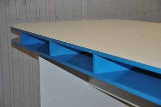 Specialbyggda ståbord/barbord | Hyra möbler - Ståbord | Blå