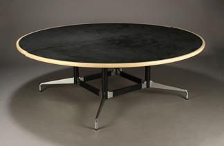 Spelbord, Vitra Charles & Ray Eames | Hyr designmöbler -