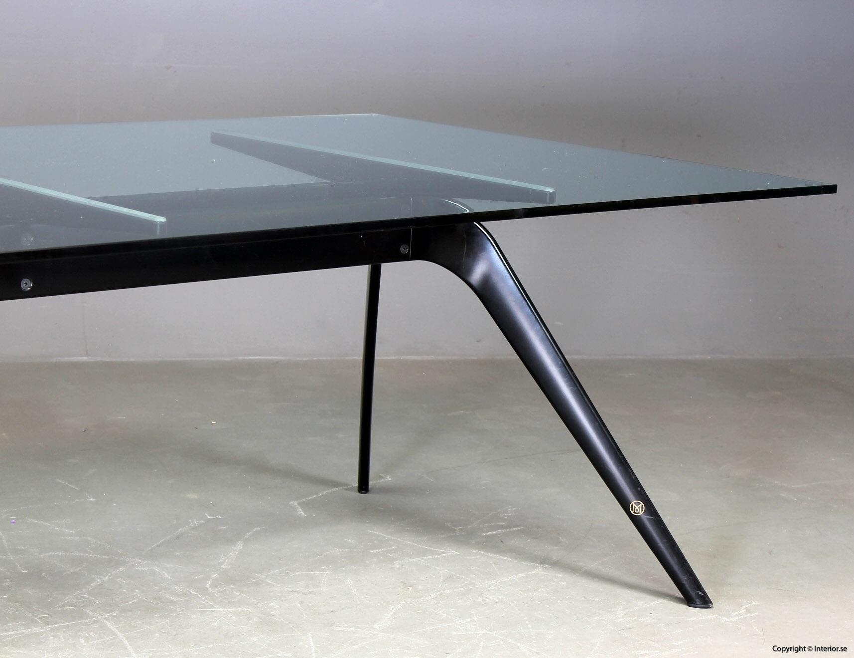 1 Konferensbord, Fritz Hansen T-No 1 - Todd Bracher  Specialutgåva begagnade designmöbler (2)