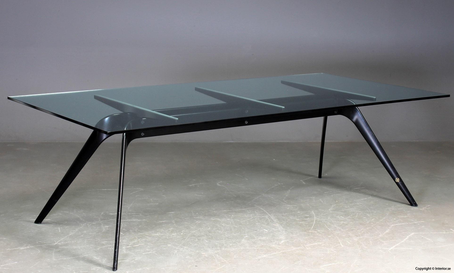 1 Konferensbord, Fritz Hansen T-No 1 - Todd Bracher  Specialutgåva begagnade designmöbler (5)