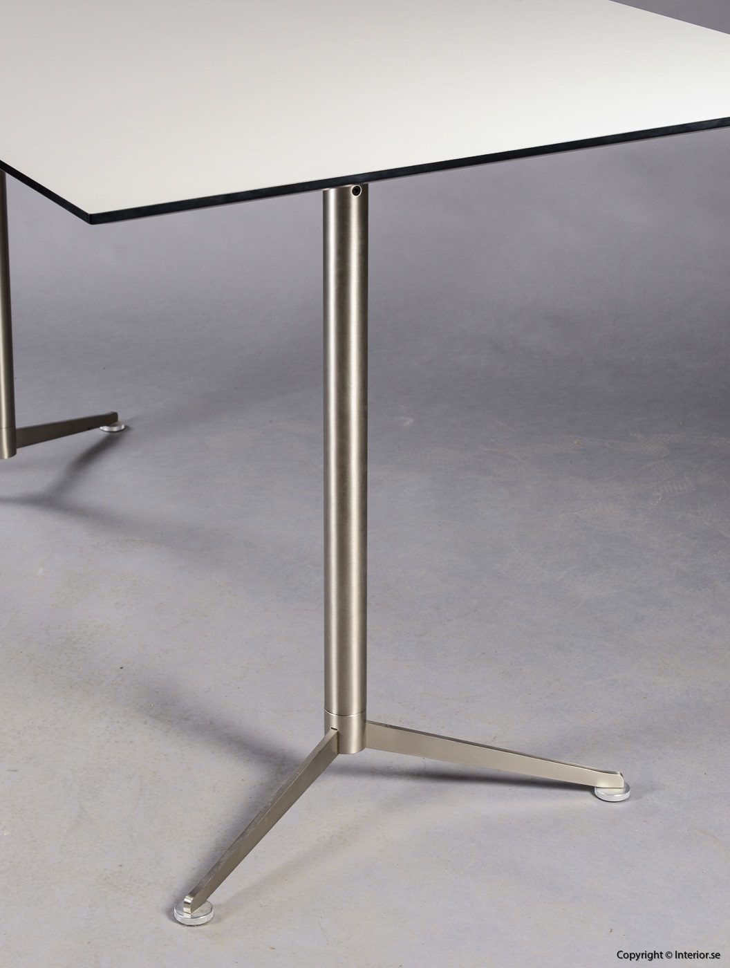 1 Bord Pausitan Spinal Table Paul Leroy begagnade kontorsmöbler designmöbler (2)