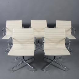 Stolar, Herman Miller Eames, EA-107 | Uthyres i set om 5st