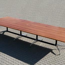 Bord, Vitra Segmented Table, Eames | Hyr designmöbler