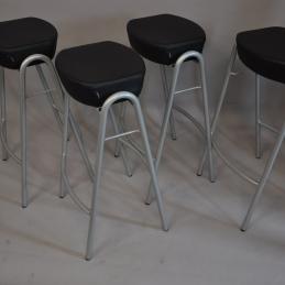 Barpallar, Mitab Stack (Set om 6st)| Hyr möbler