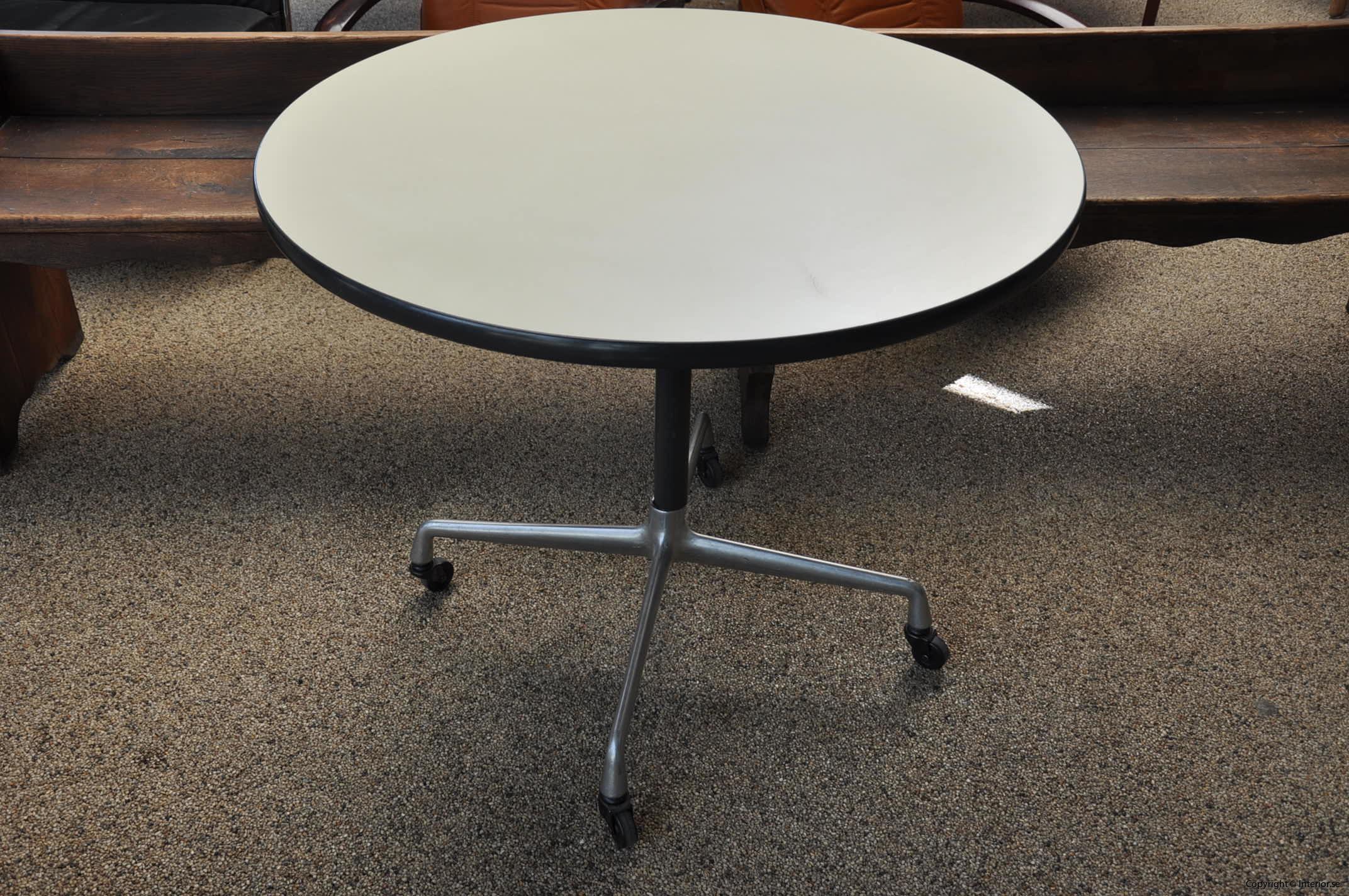 Herman Miller Rullbord Designmöbler begagnade kontorsmöbler