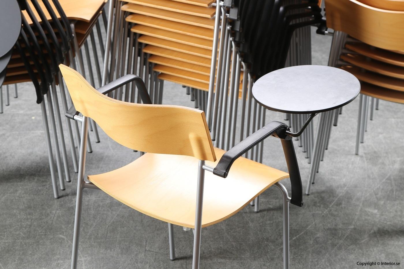 1 Stolar, Lammhults Campus med fällbar skrivplatta -Peter Hiort-Lorenzen (3)