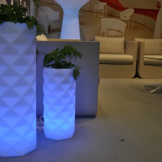 Vondom Marquis Flower Pot | RGB LED
