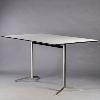 Ståbord, Paustian Spinal Table