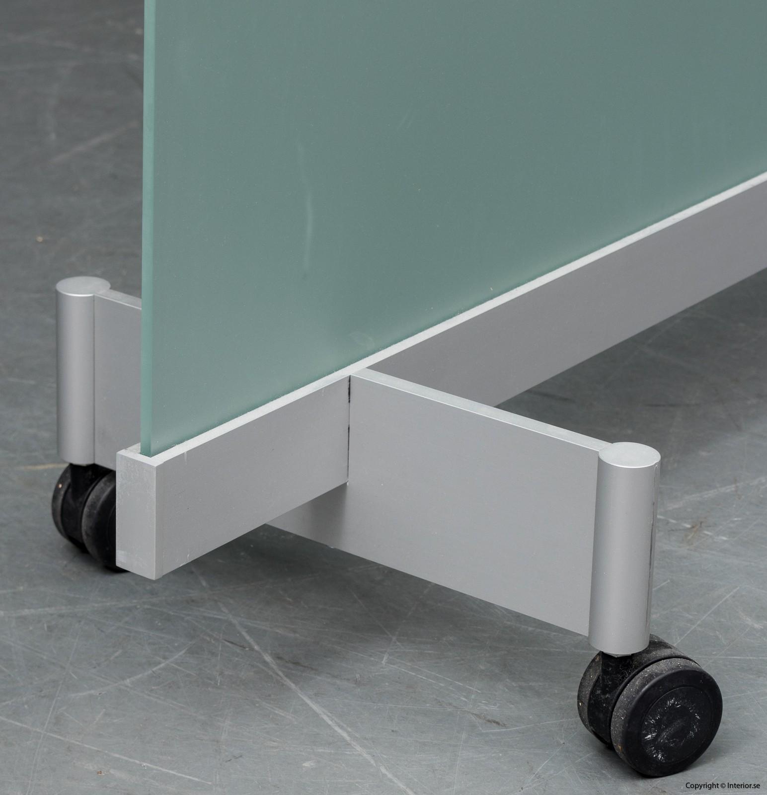 BORKS, flyttbara golvskärmväggar rumsavdelare glas och med hjul BORKS, Room Divider Space Divider with glass and casters 5