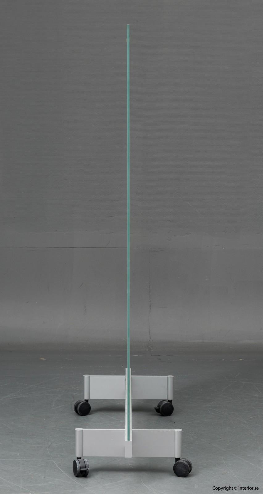 BORKS, flyttbara golvskärmväggar rumsavdelare glas och med hjul BORKS, Room Divider Space Divider with glass and casters 3