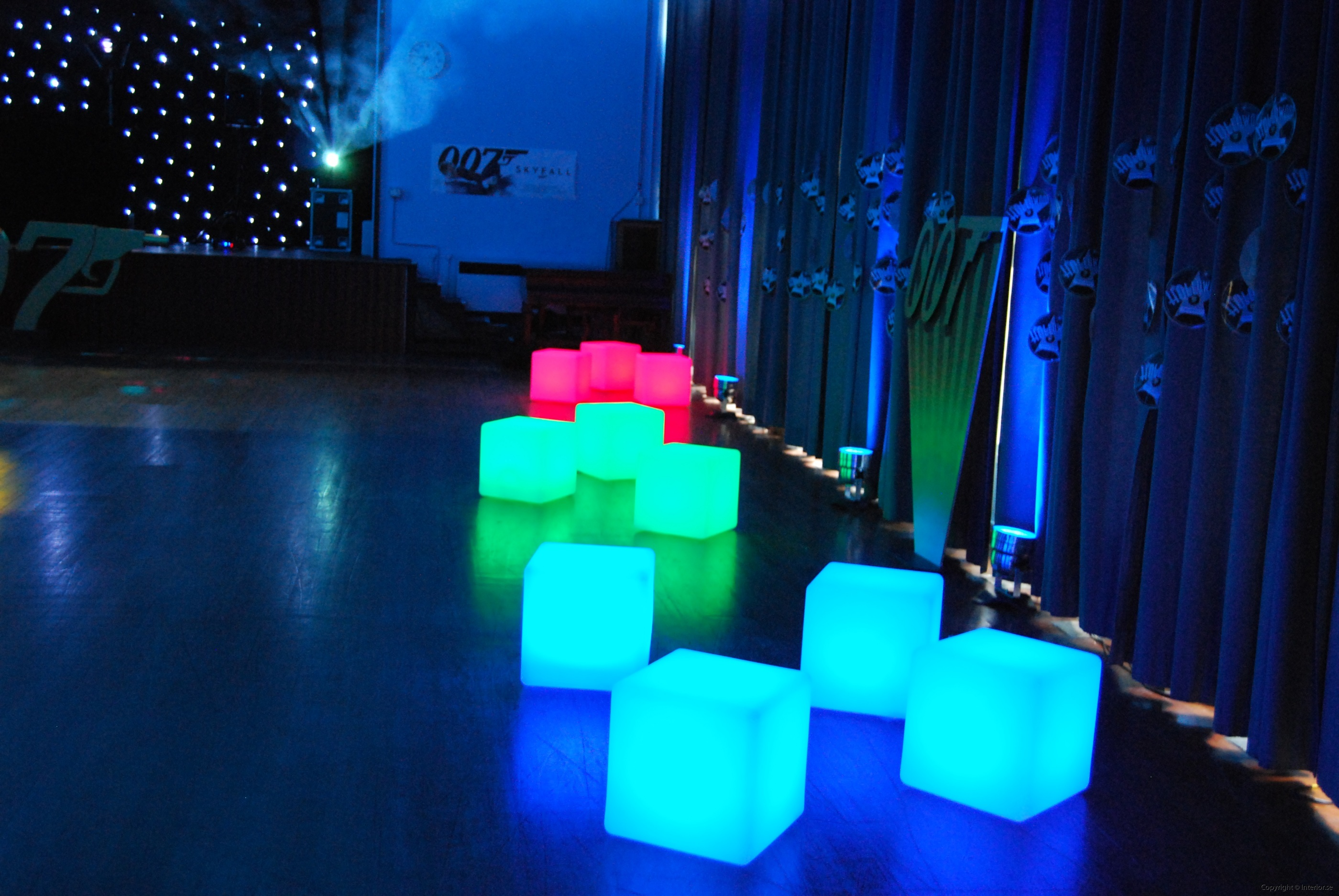 led kuber ledkuber led cubes hyra led möbler rent led furniture hire led furniture stockholm event (3)
