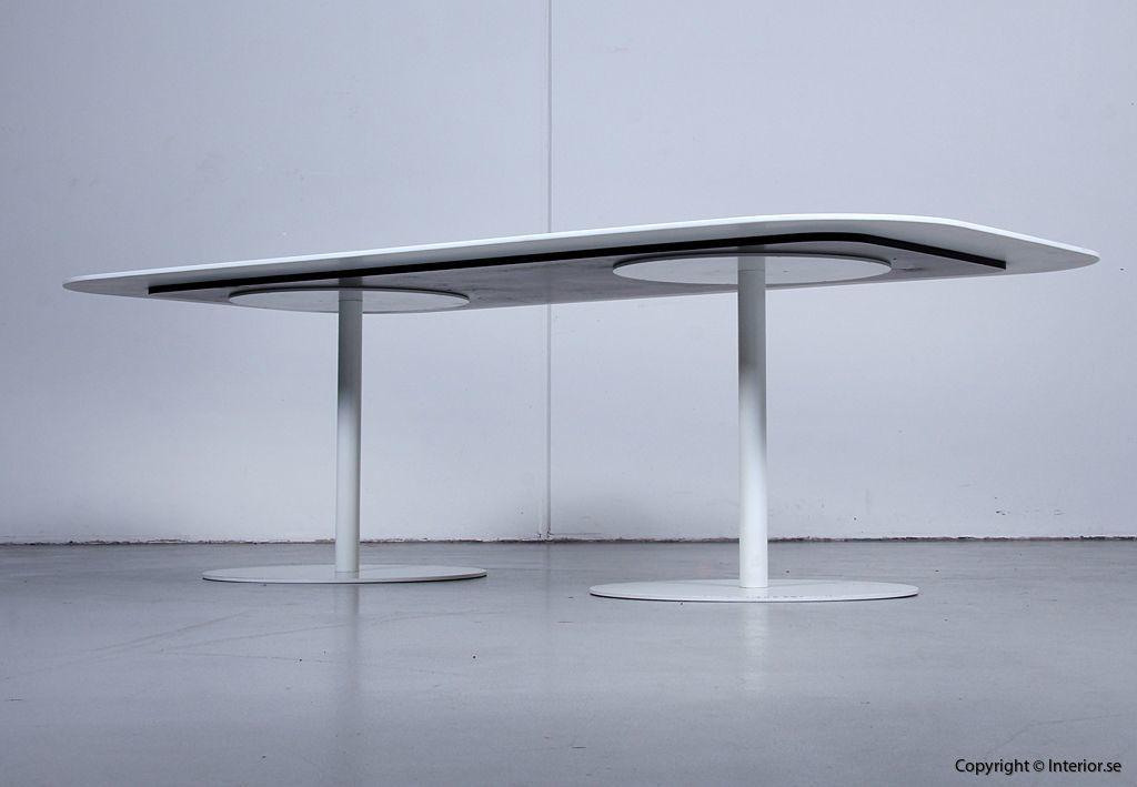 Konferensbord, Gubi Table 2.0 - Specialbeställt med Corian 3
