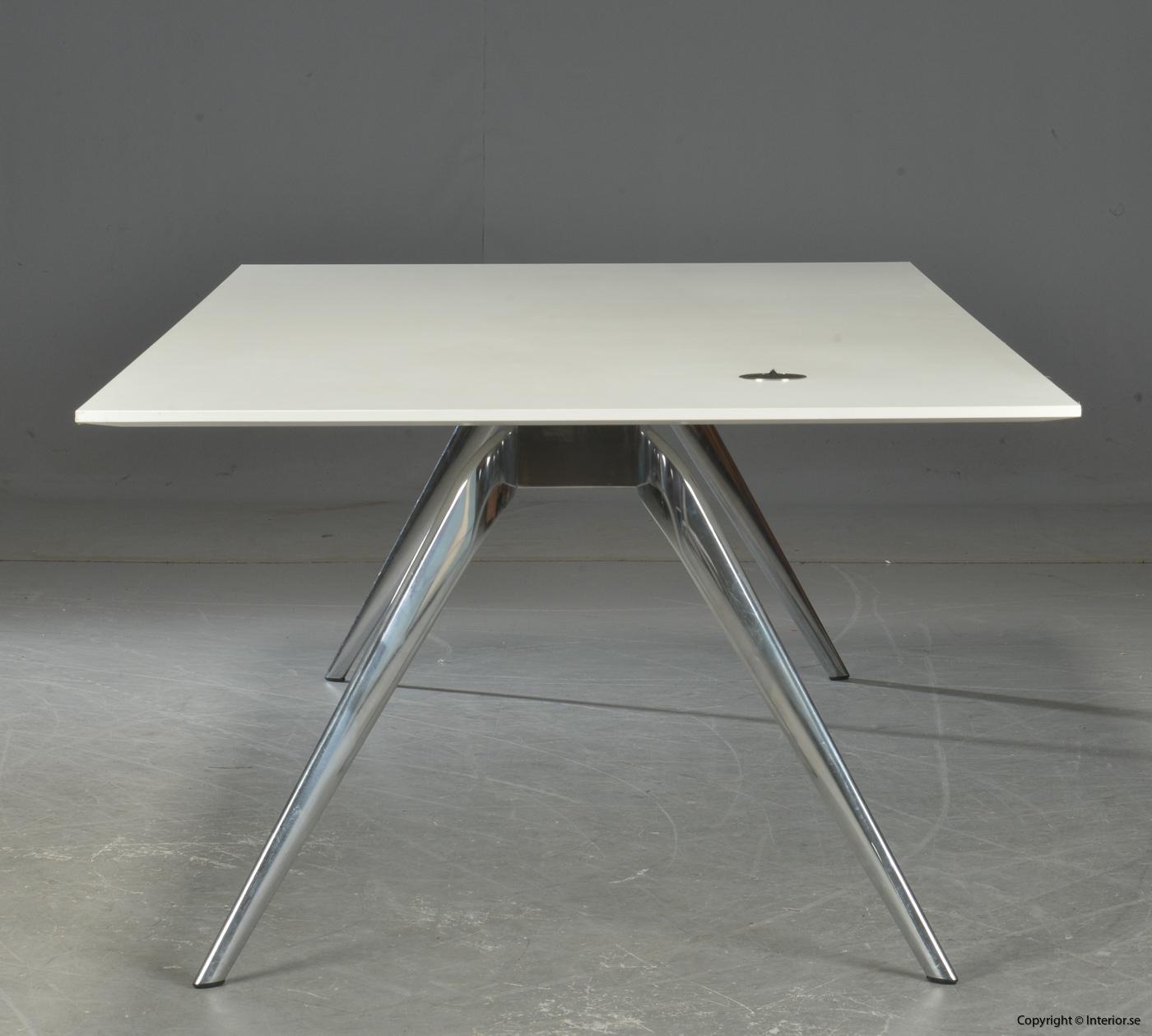 Konferensbord Matbord, Fritz Hansen Model T-N - Todd Bracher 3