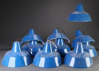 Lampor i industridesign, Louis Poulsen - Blå