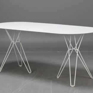Bord, Massproductions TIO Table   Hyra designmöbler