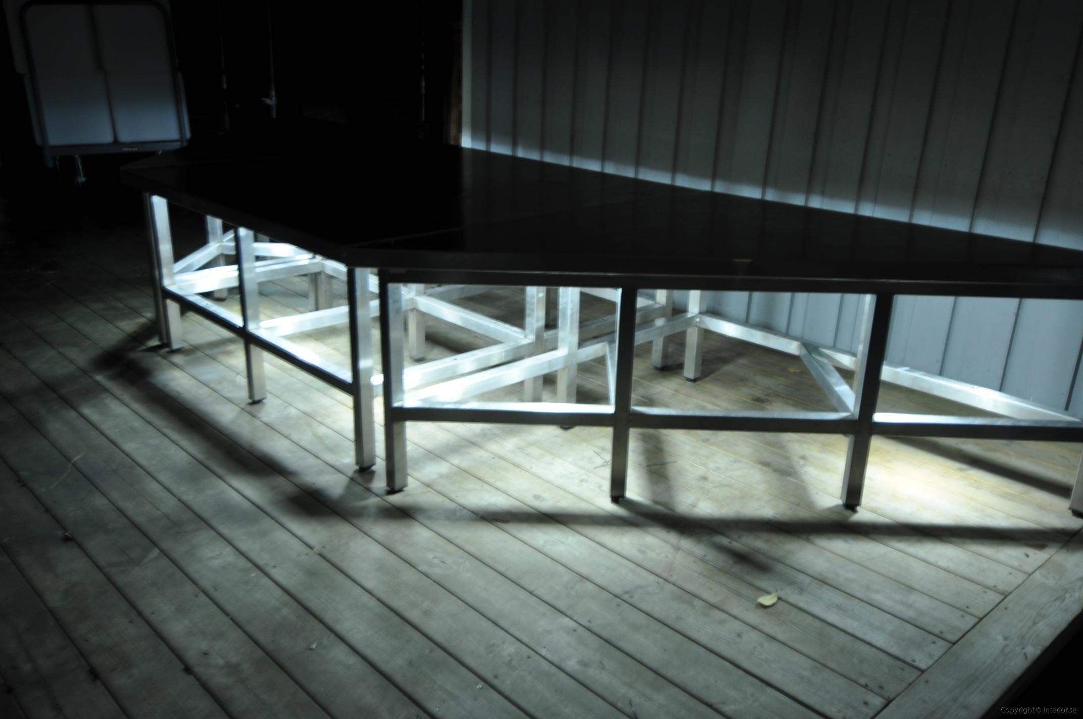 hyra scen podier podium rostfri dansscen hyr stockholm event möbler inredning (4)