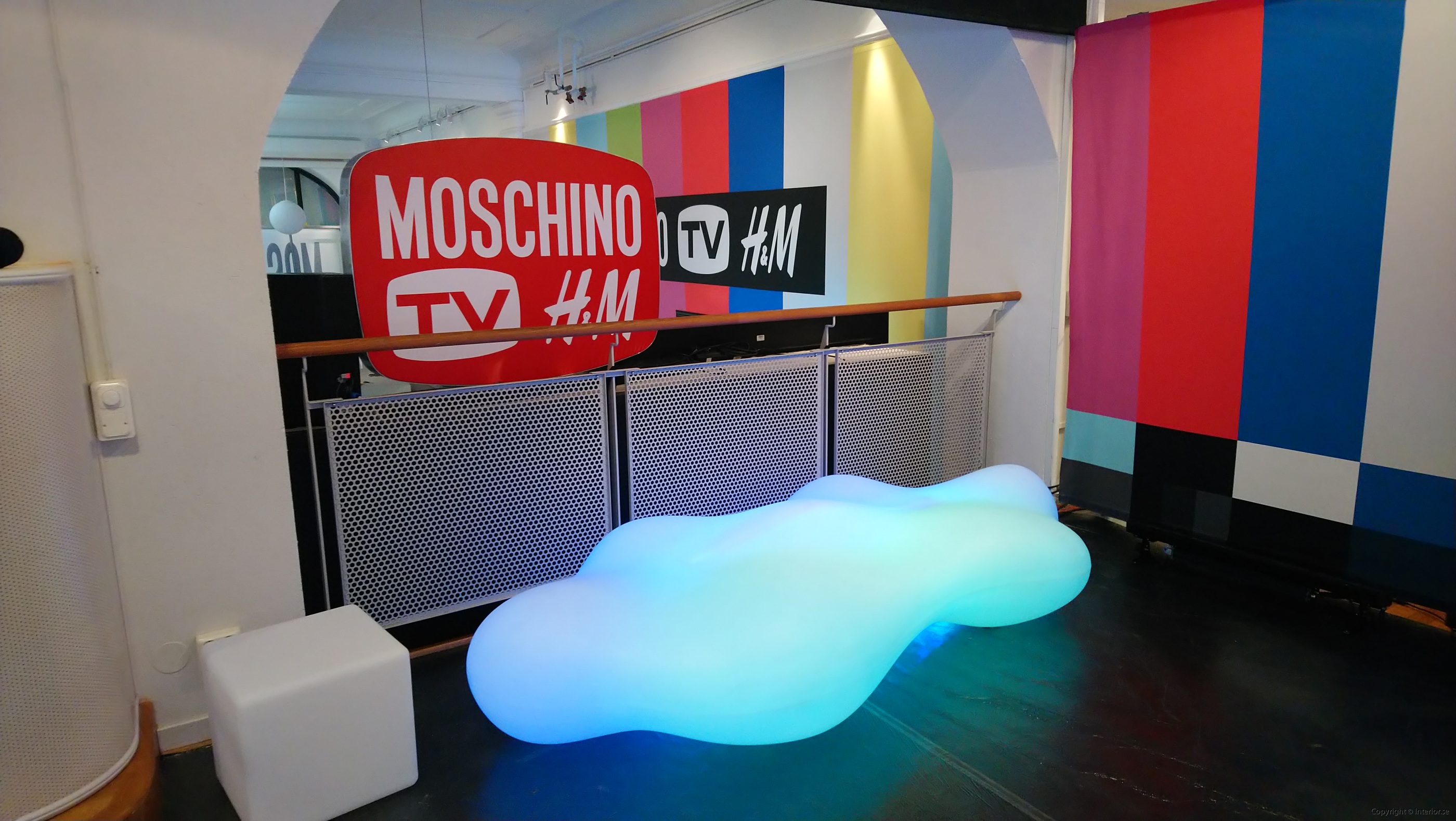 Hyr Vondom Lava Bench RGB LED möbler - Karim Rashid (2)