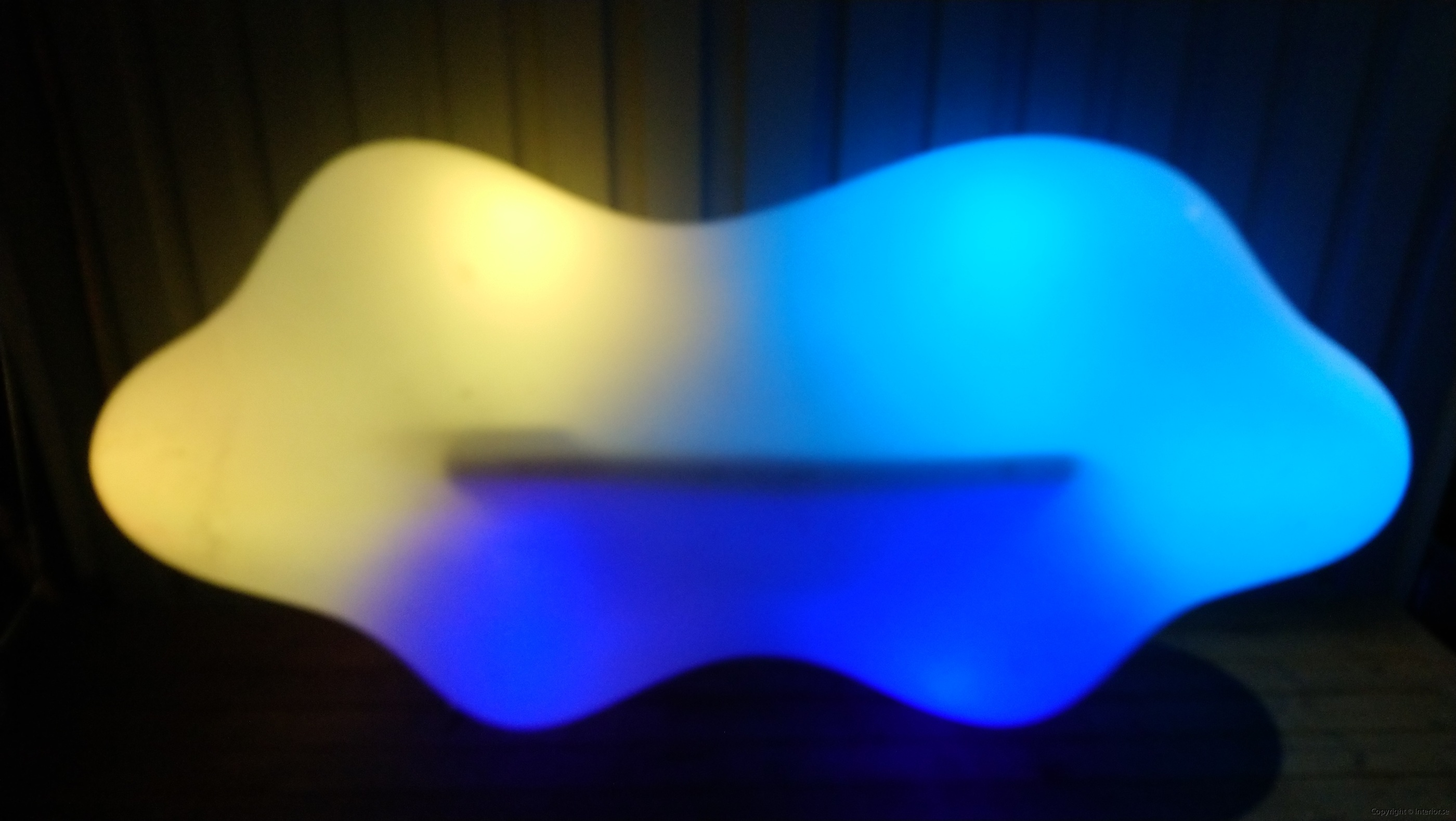 Hyr Vondom Lava Bench RGB LED möbler - Karim Rashid hyra ledmöbler hyr möbler event stockholm billigt design led (3)