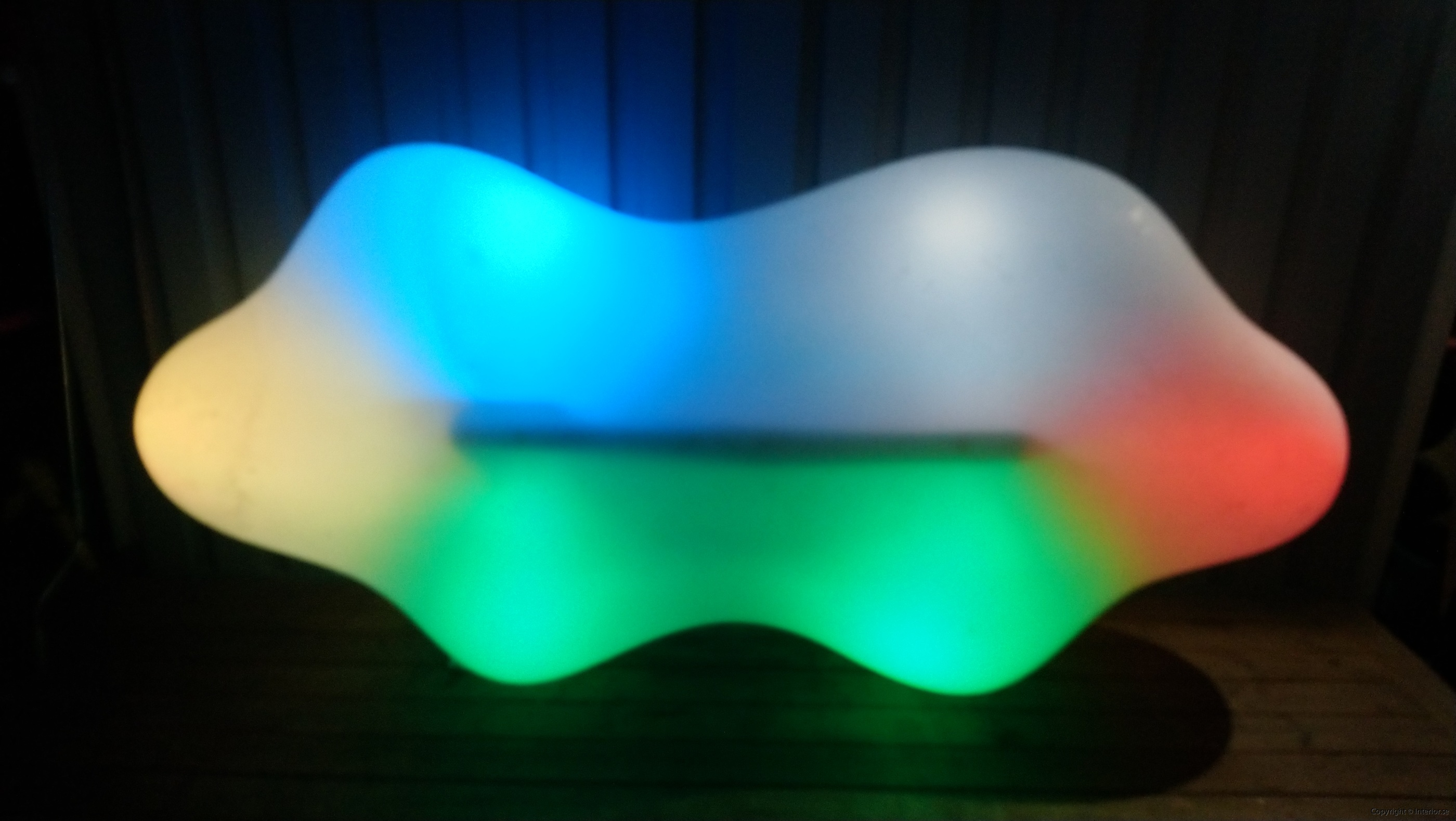 Hyr Vondom Lava Bench RGB LED möbler - Karim Rashid hyra ledmöbler hyr möbler event stockholm billigt design led (4)