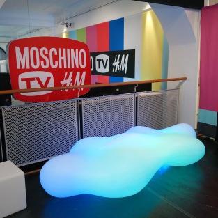 Vondom RGB LED Lava Bench   Karim Rashid