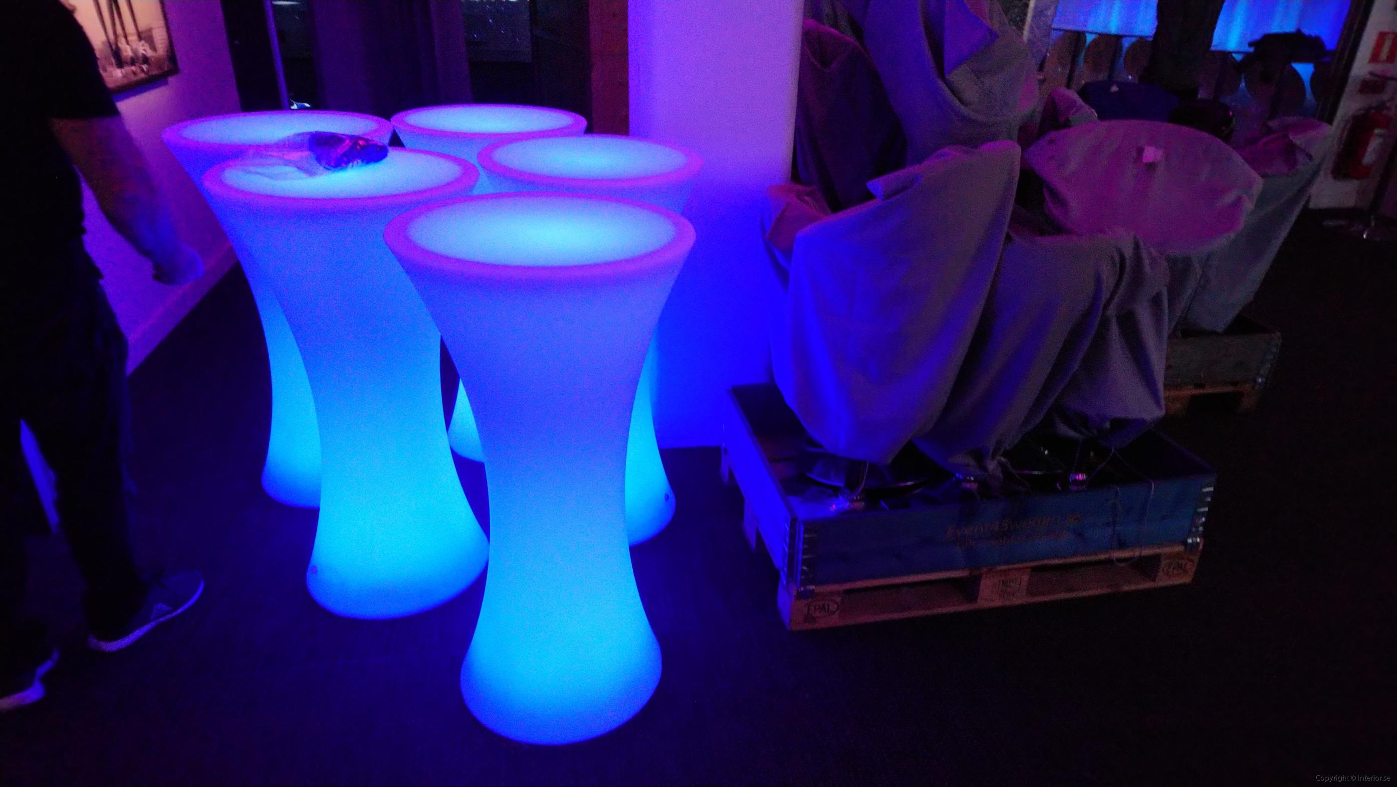 2 hyr hyra barbord ståbord med strumpa billigt led stockholm event möbler 2