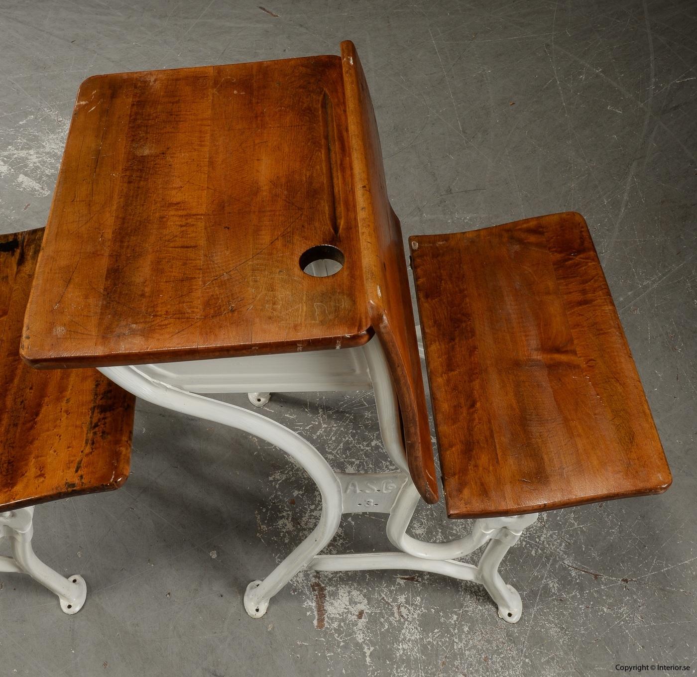 Antika skolbänkar Antique school benches - 1900 talets första hälft 3