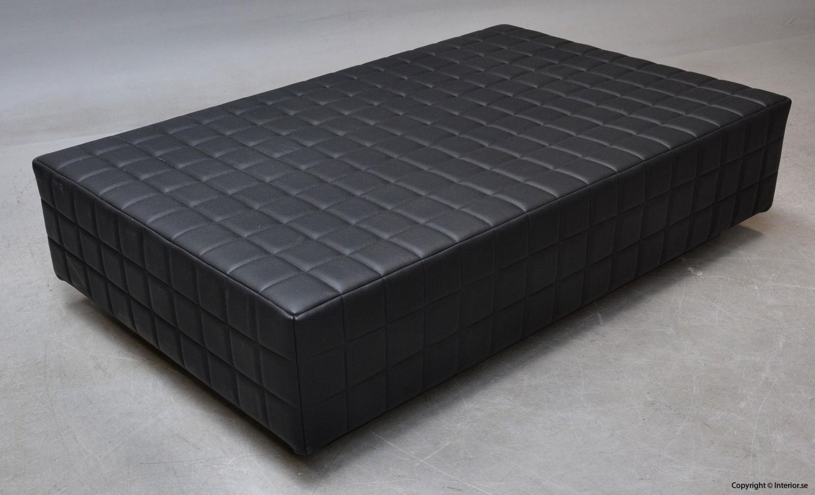 Dagsbädd i mingel svart läder hyra designmöbler begagande stockholm 4