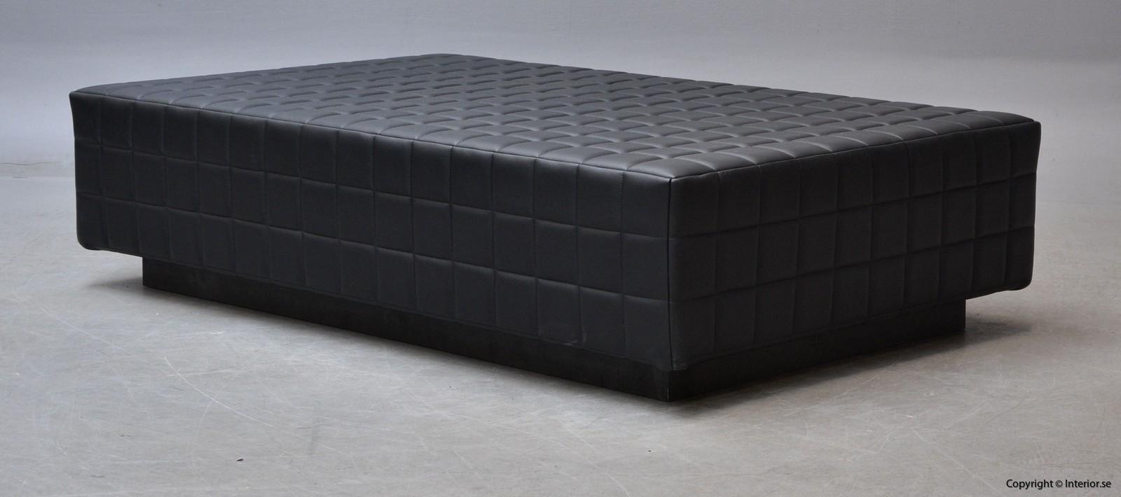 Dagsbädd i mingel svart läder hyra designmöbler begagande stockholm 5