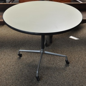 Rullbord med hjul, Herman Miller
