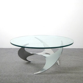 Soffbord, Ronald Schmitt Propeller Table