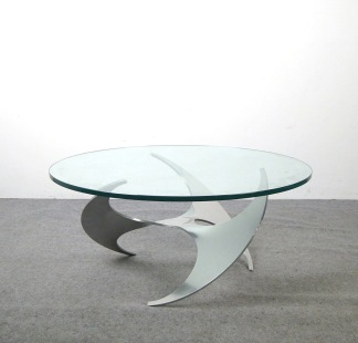 Soffbord, Ronald Schmitt Propeller Table