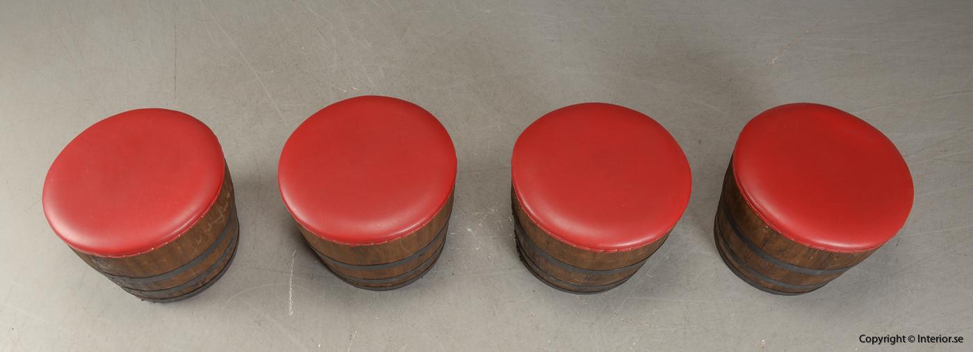 Möbler av vintunnor  wine barrels Meubels gemaakt van wijntunnels Möbel aus Weintunneln, sittpallar & bord 6