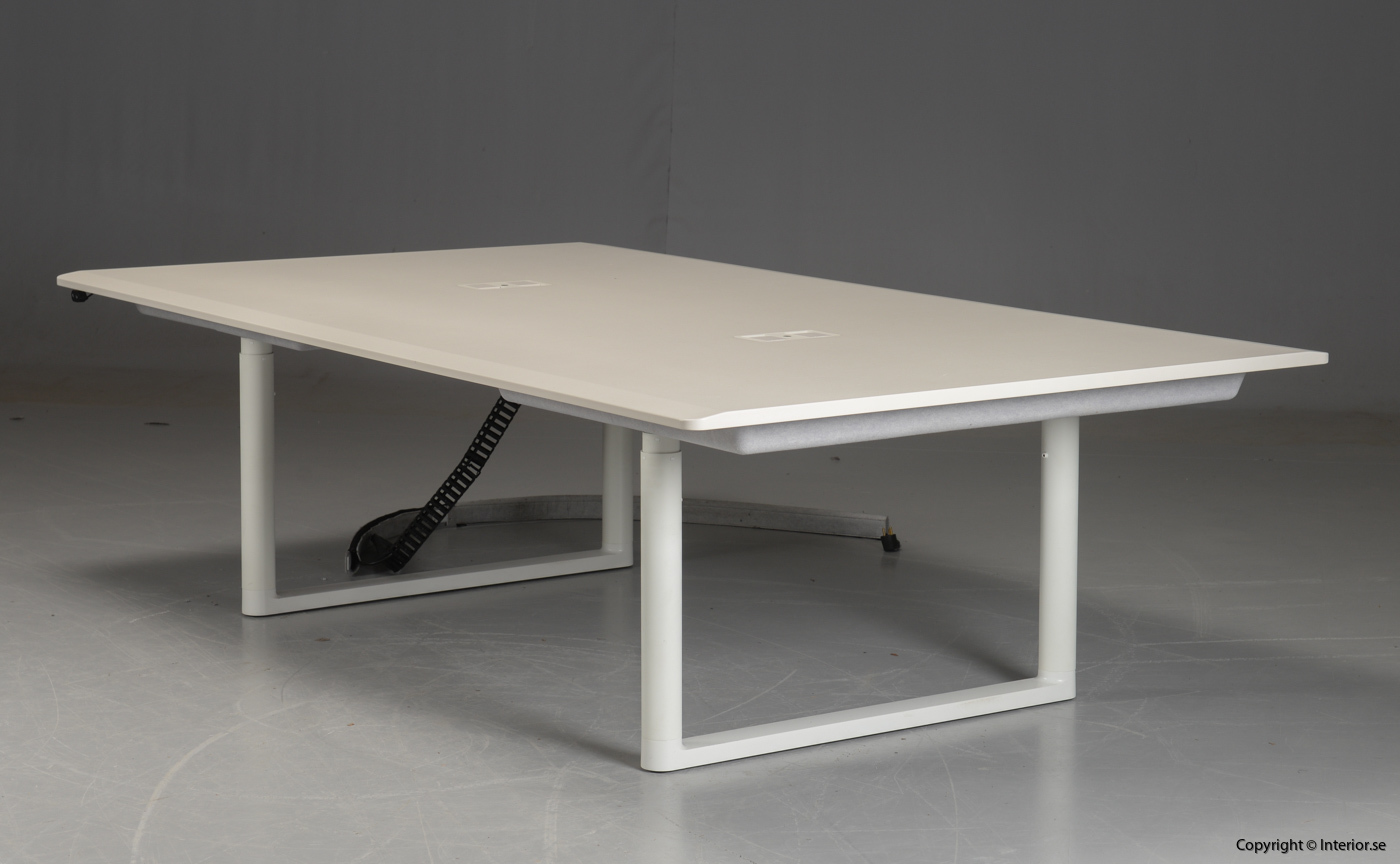 Höj- & sänkbart konferensbord, Vitra Tyde Meeting Table 240 cm - Ronan Erwan Bouroullec
