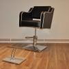 Frisörstol i svart/vitt - Justerbar höjd